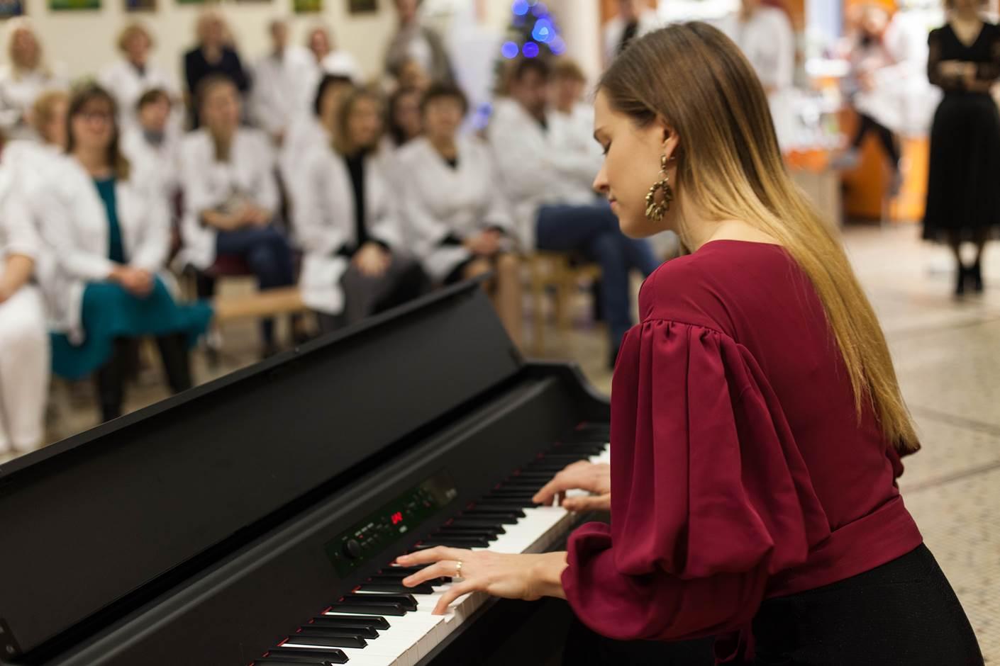 2019-12-20 Minutė Muzikos Medikams - Kalėdos CP