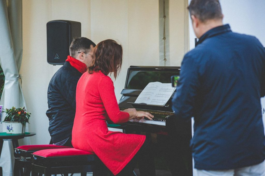 Tarptautinę muzikos dieną Eduardo Balsio skvere fortepijono muzika - Ton Art studija suaugusiems